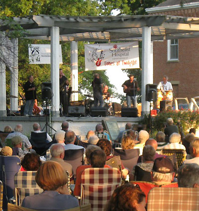 Bring Lawnchairs & Friends to Tunes At Twilight